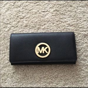 🌈💕🆕Michael Kors black long wallet